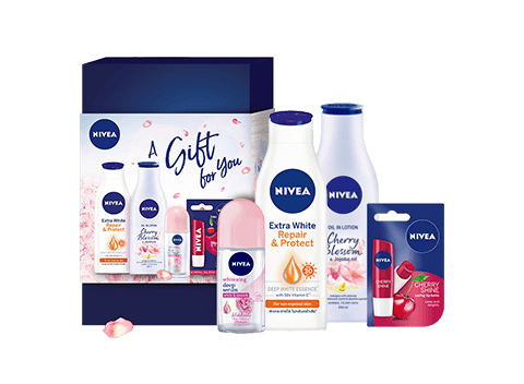 Pampering waits no more! Indulge yourself now with the all new NIVEA power gift set that comes with NIVEA bestselling items all in 1 kit just for you.